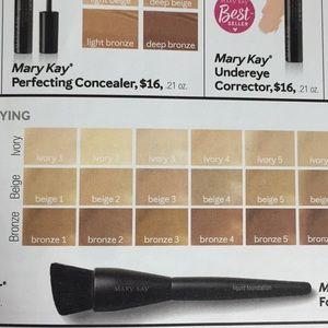 Mary Kay Makeup - Liquid Foundation Matte Wear